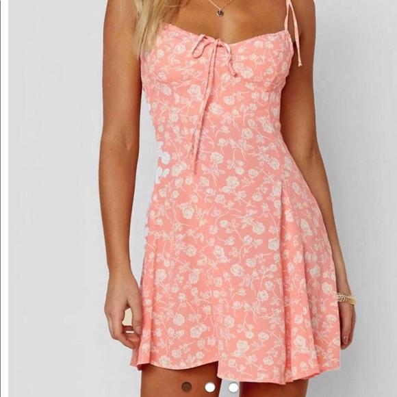 a941650bc8f Blue Life Dresses & Skirts - Blue Life Sienna Corset peach flower-printed  dress